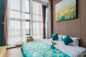 Lavendar Duplex Apartment, Apartments  Guangzhou - big - 60