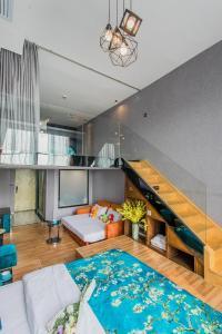 Lavendar Duplex Apartment, Apartments  Guangzhou - big - 78
