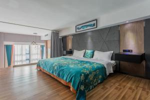 Lavendar Duplex Apartment, Apartments  Guangzhou - big - 71