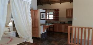 Lake Naverone Holiday Cottages, Resorts  Drakensberg Garden - big - 121