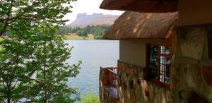 Lake Naverone Holiday Cottages, Resorts  Drakensberg Garden - big - 106