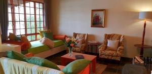 Lake Naverone Holiday Cottages, Resorts  Drakensberg Garden - big - 102