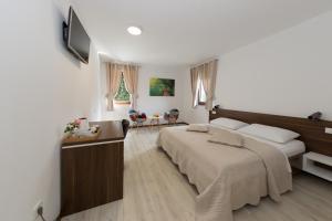 Guest House Plitvice Villa Verde, Pensionen  Jezerce - big - 4