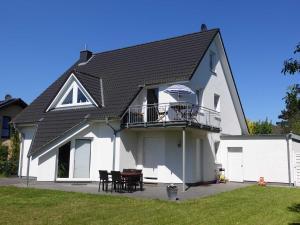 Ferienwohnung Regenbogenhaus - Hasselberg