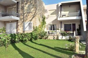 2 Bedroom Apartment at Lura 3-137 - Fushë-Draç