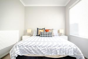Deluxe Stays - Maylands Botique Aparments with Complimentary Parking and Netflix