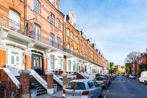 Stylish garden apartment Nr High Street Kensington, Ferienwohnungen  London - big - 38