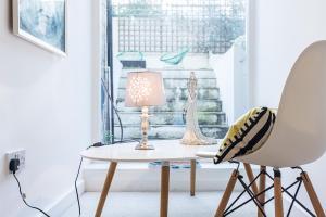 Stylish garden apartment Nr High Street Kensington, Ferienwohnungen  London - big - 36