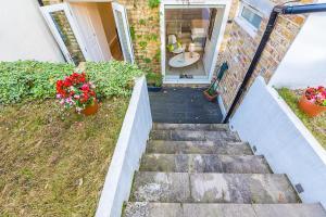 Stylish garden apartment Nr High Street Kensington, Ferienwohnungen  London - big - 32