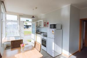 Koru Flat, Appartamenti  Pounawea - big - 1