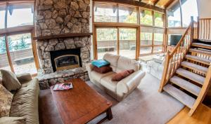 Single Family home in West Vail with Hot Tub - Hotel - Vail