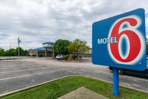 Motel 6 Walton, KY - Richwood - Cincinnati Airport South