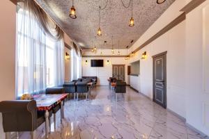 Hotel Marton Sholokhova - Ordzhonikidze