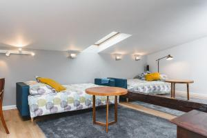 Main Market Coffee Apartment by Homeclick