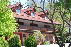 Ferienwohnungen Hof Heiderich - Beerfelden