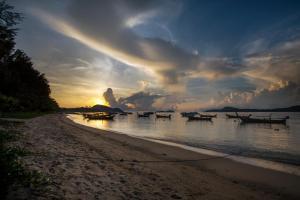 Ya Nui Resort, Resorts  Strand Rawai - big - 76
