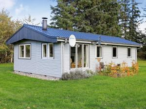 Two-Bedroom Holiday home in Højslev 5 - Lund