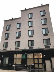 Accommodation in Bronx