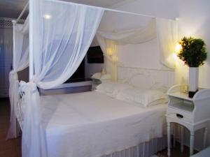Porto Scoutari Romantic Hotel & Suites (33 of 117)