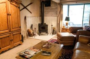 2 bedroom Condo in West Vail on the Gore Creek