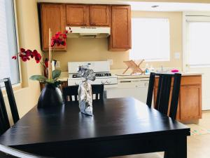 obrázek - SPACIOUS AND COZY HOME IN SOUTHSIDE FLATS!