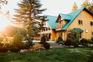 Cowichan River Lodge - Hotel - Lake Cowichan