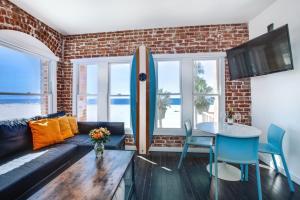 Venice Breeze Suites - Los Angeles