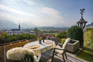 Ferienchalet Panoramablick - Hotel - Kössen