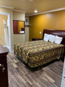 Accommodation in Colusa