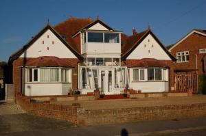 Trevarner Guest House - Titchfield
