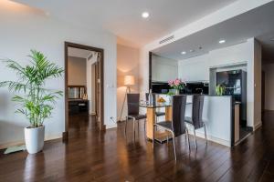 Christina's Hanoi - Lancaster City Living, Apartments  Hanoi - big - 106