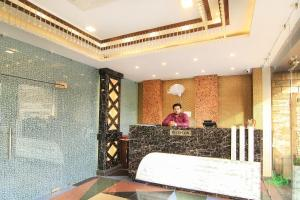 OYO 14886 Hotel Royal Paradise, Szállodák  Faithfulganj - big - 18