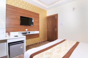 OYO 14886 Hotel Royal Paradise, Szállodák  Faithfulganj - big - 4