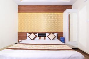 OYO 14886 Hotel Royal Paradise, Szállodák  Faithfulganj - big - 2