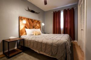 obrázek - Texas Treasure Walkable - 9 mins drive from dwtwn (Guest House)