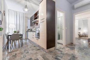 4 Star Boutique Apartments - AbcAlberghi.com