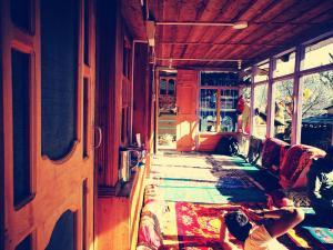 Auberges de jeunesse - Aastha Homestay Sainj, Kullu, Himachal Pradesh