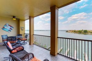Patriot's Retreat - Apartment - Horseshoe Bay