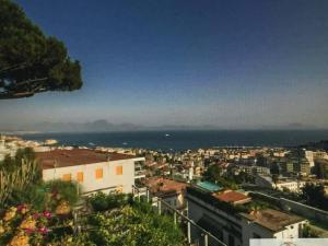 203 Via Aniello Falcone - AbcAlberghi.com
