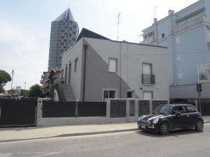 Condominio Milan - AbcAlberghi.com