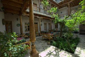Albergues - Salom Inn