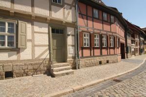 Urlaub im Fachwerk - Klink, Appartamenti  Quedlinburg - big - 43