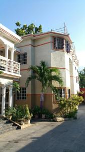 Mondesir Hotel