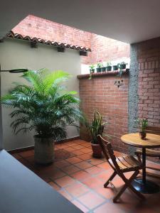 Apartstudios San Joaquín, Guest houses  Cali - big - 38