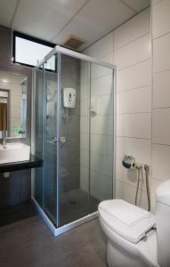 Golden View Serviced Apartments, Apartmanok  George Town - big - 47