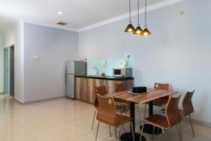 Golden View Serviced Apartments, Апартаменты  Джорджтаун - big - 9
