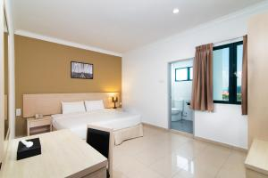 Golden View Serviced Apartments, Апартаменты  Джорджтаун - big - 18