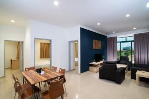 Golden View Serviced Apartments, Апартаменты  Джорджтаун - big - 20