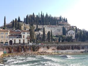 Casa GIORGIONE di Luca & Paola - AbcAlberghi.com