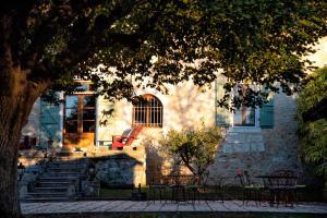 Les Deux Abbesses en Vert | La Grande Maison B&B